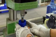 attrezzature_pressa_tappi_per_bottiglia_anticalcare